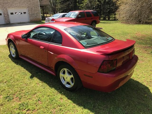 2001 Ford Mustang V6 Low Miles Accel Auto Connection
